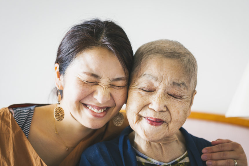 Guild Living_mother and her daughter