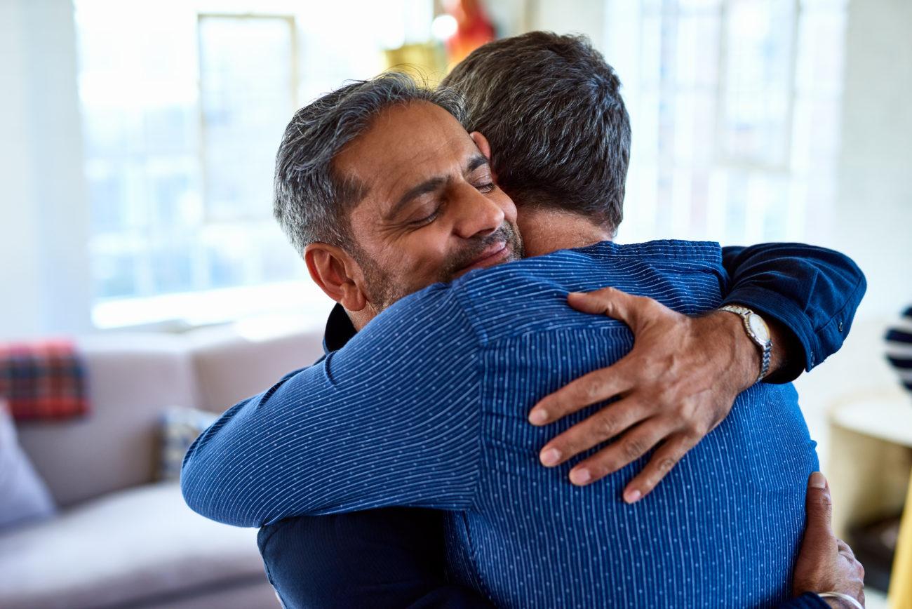 Guild Living_friends hugging